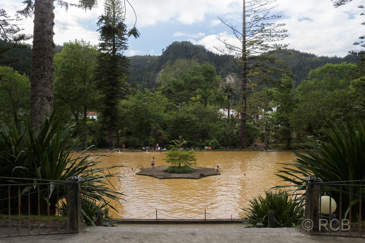 Furnas, Thermalbecken im Parque Terra Nostra