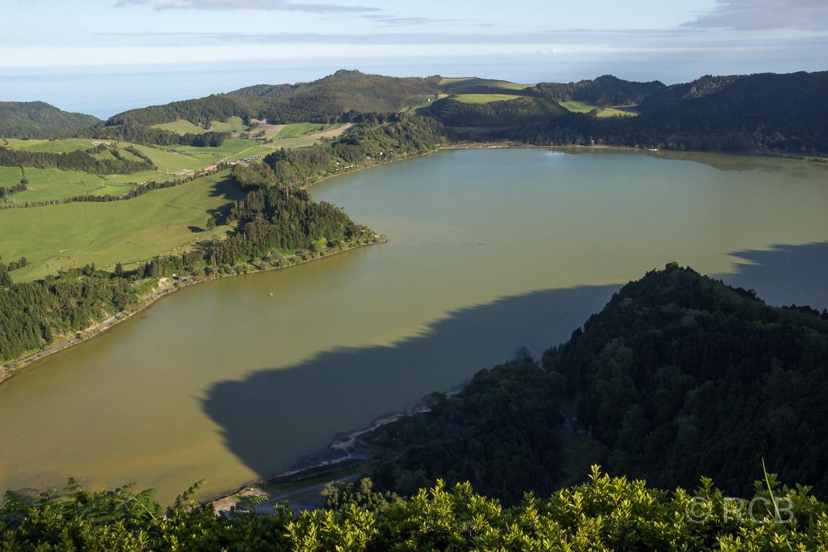 Blick auf die Lagoa das Furnas
