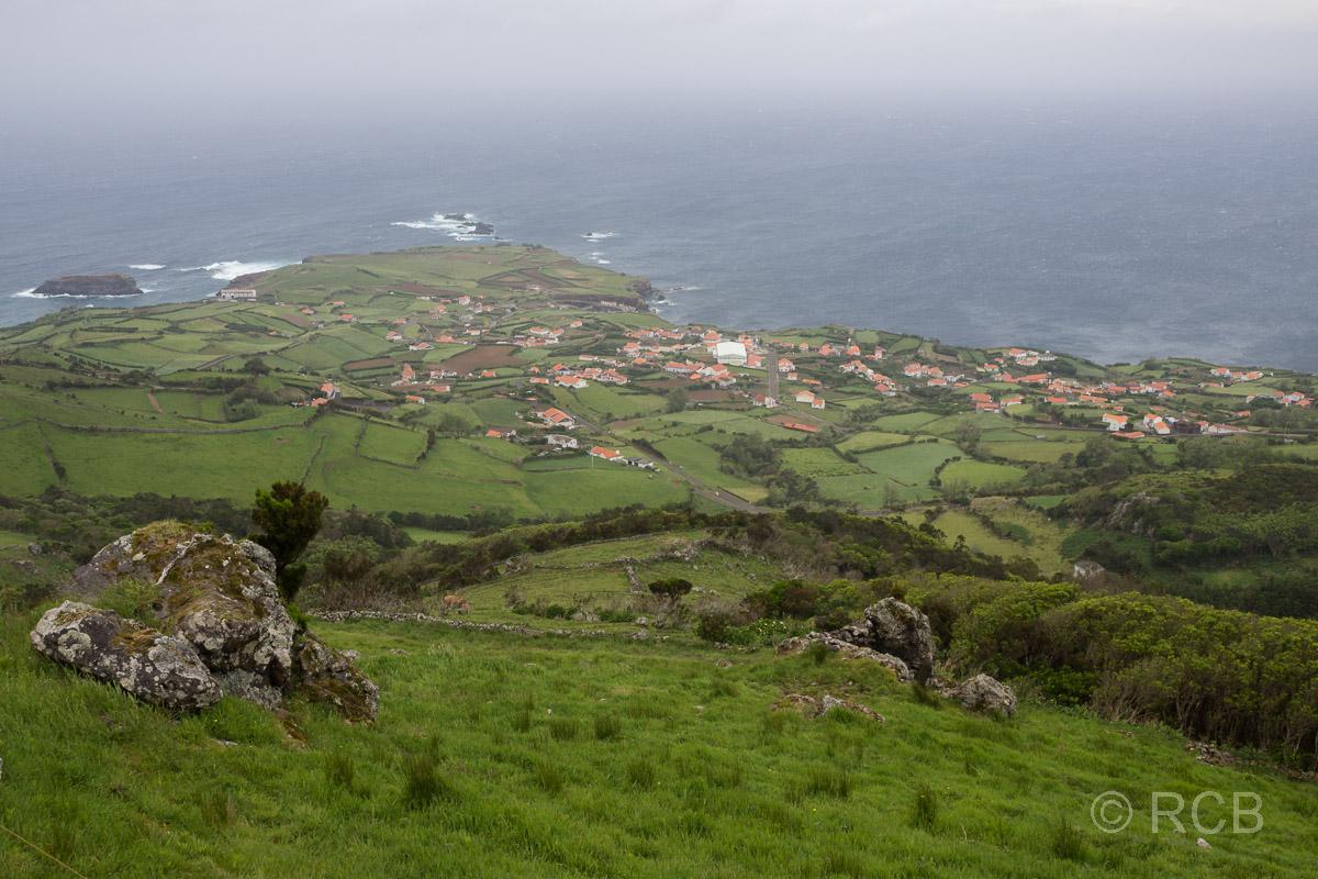 Blick auf Ponta Delgada / Flores