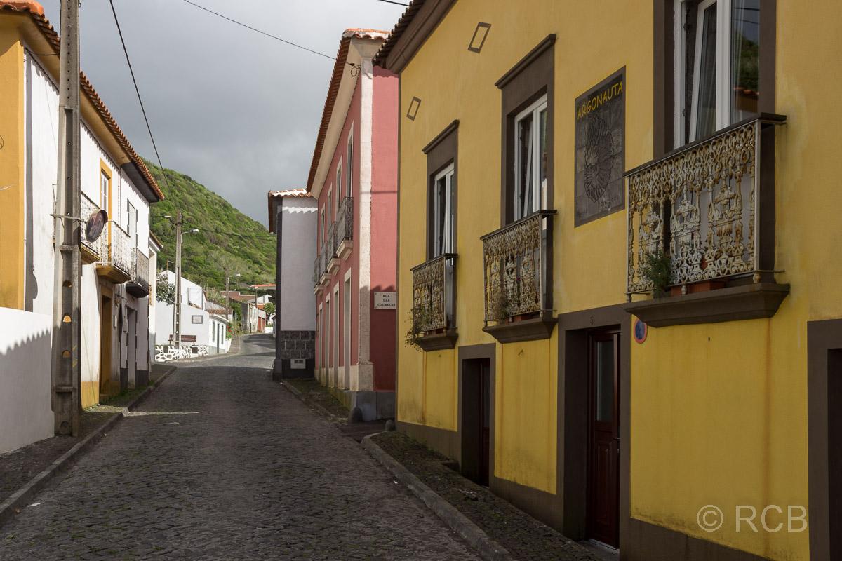 Hauptstraße in Fajã Grande