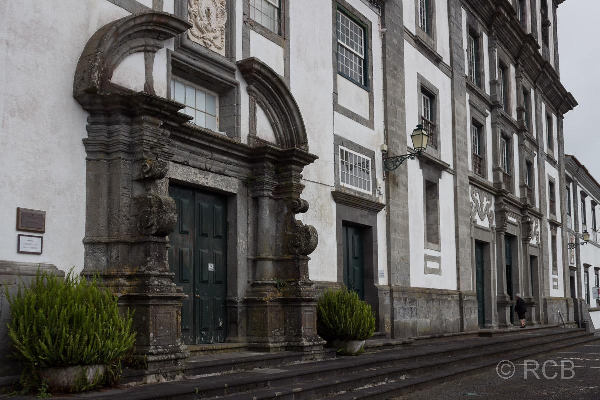 Horta, Häuserfassaden