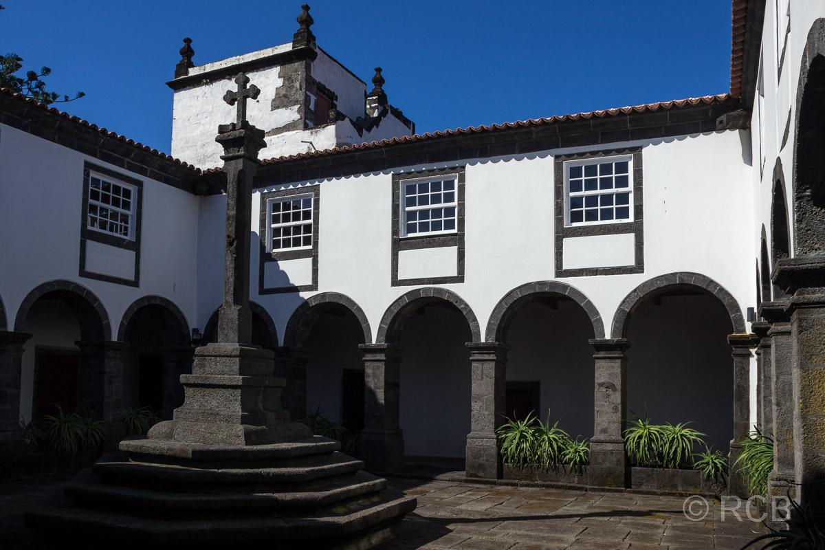 São Roque, Franziskanerkloster, Kreuzgang