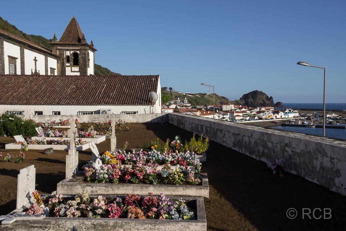 Lajes, Friedhof