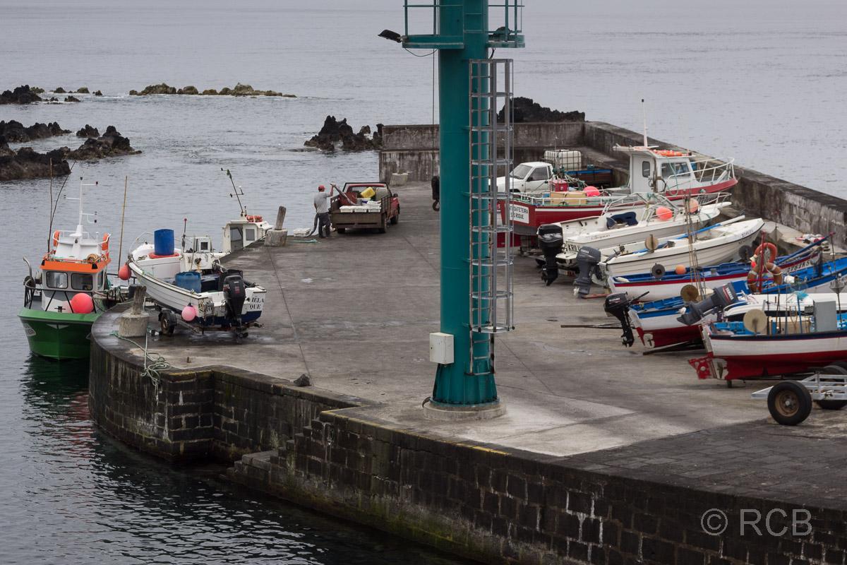 Calheta de Nesquim, Hafen