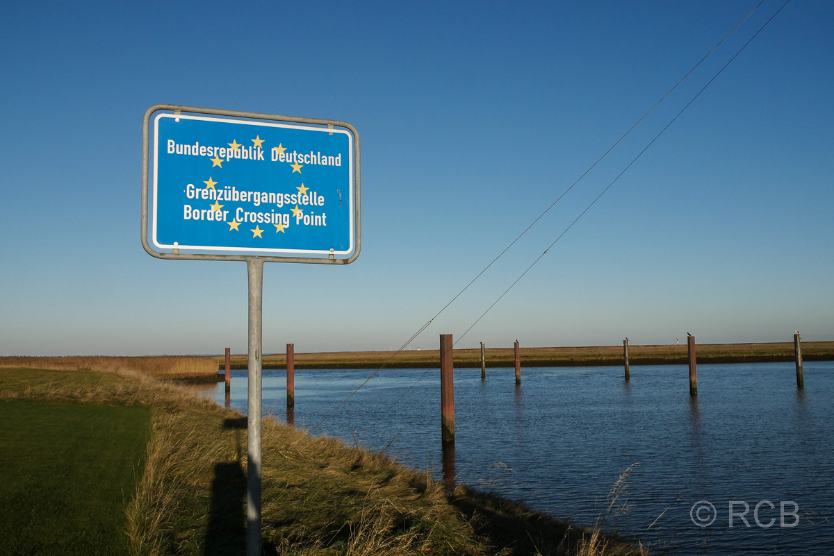 Landesgrenzenschild an der Elbe bei Otterndorf