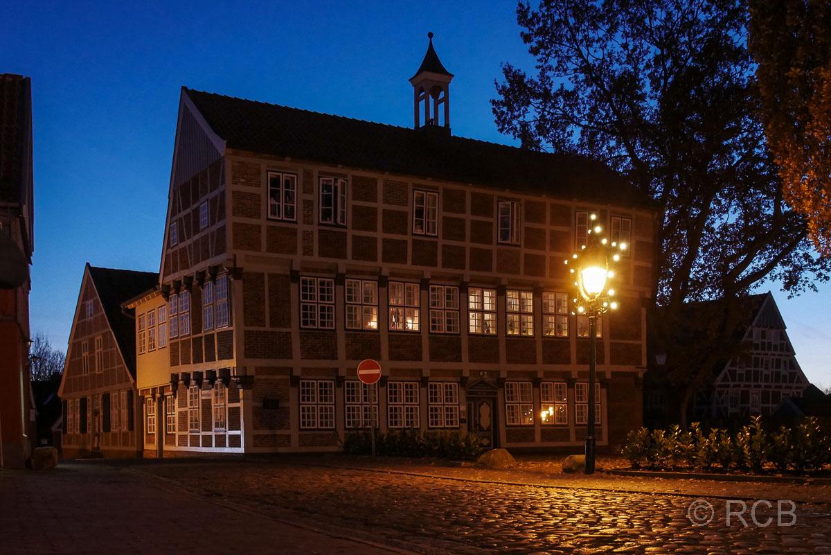 Alte Lateinschule, Otterndorf bei Nacht