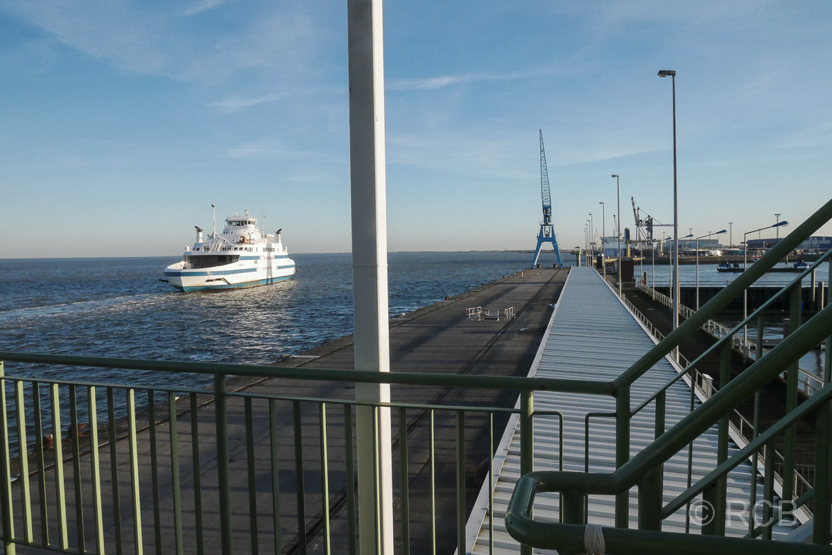 Cuxhaven, Fähre nach Brunsbüttel