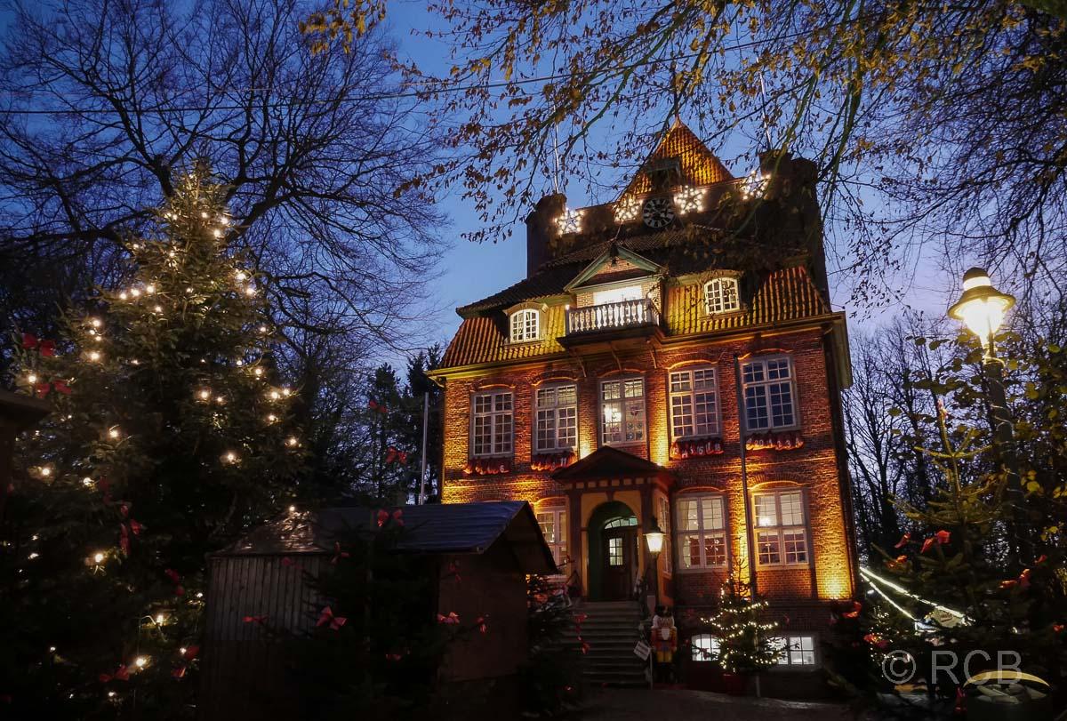 Cuxhaven, Weihnachtsmarkt bei Schloss Ritzebüttel