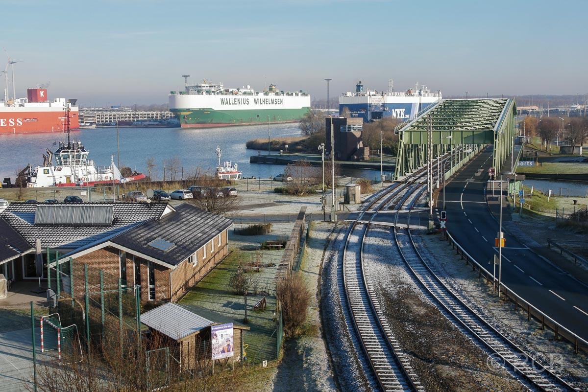 Bremerhaven, Blick vom Container-Aussichtsturm