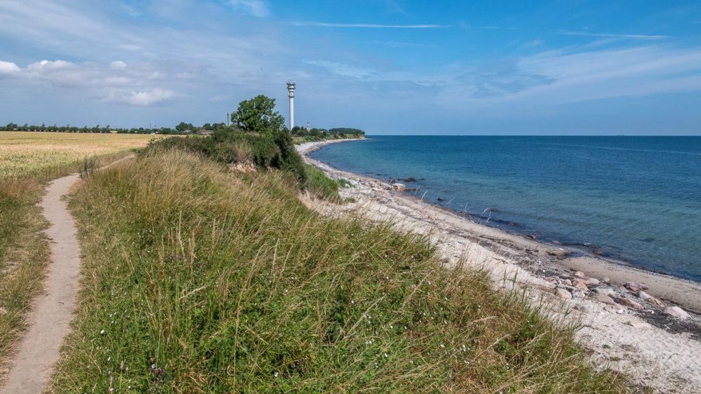 Ostküste Fehmarns mit Leuchtturm Staberhuk
