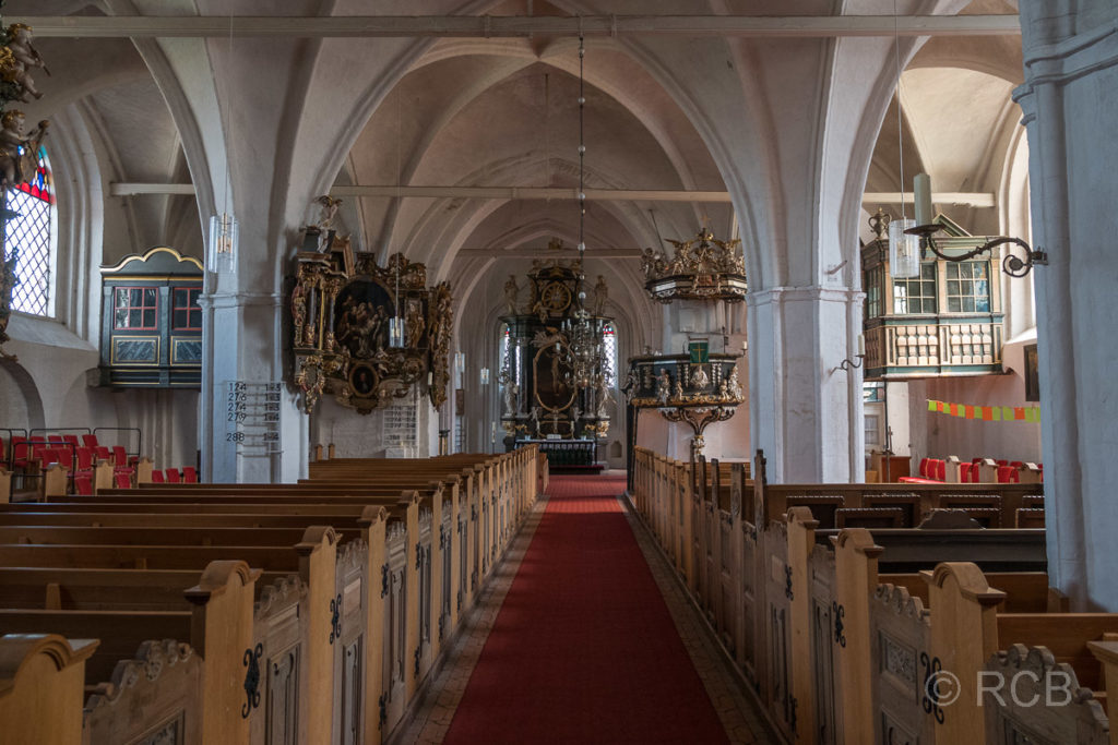 Inneres der St. Petri-Kirche in Landkirchen, Fehmarn