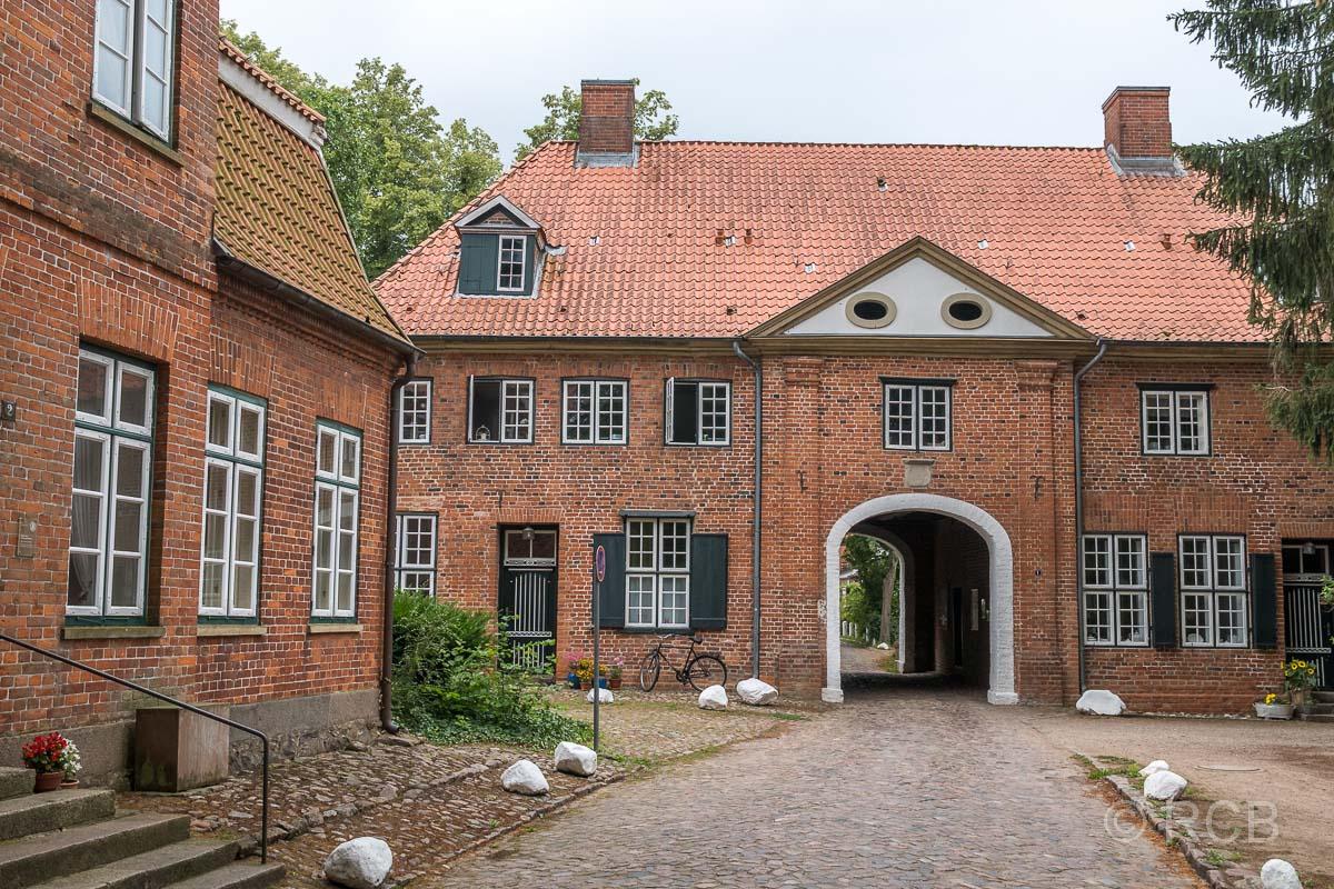 Preetz, Torhaus des Klosters