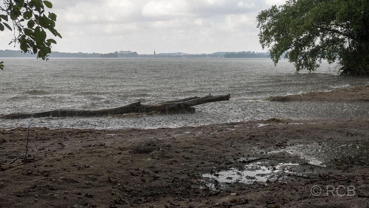 sintflutartiger Regen am Großen Plöner See