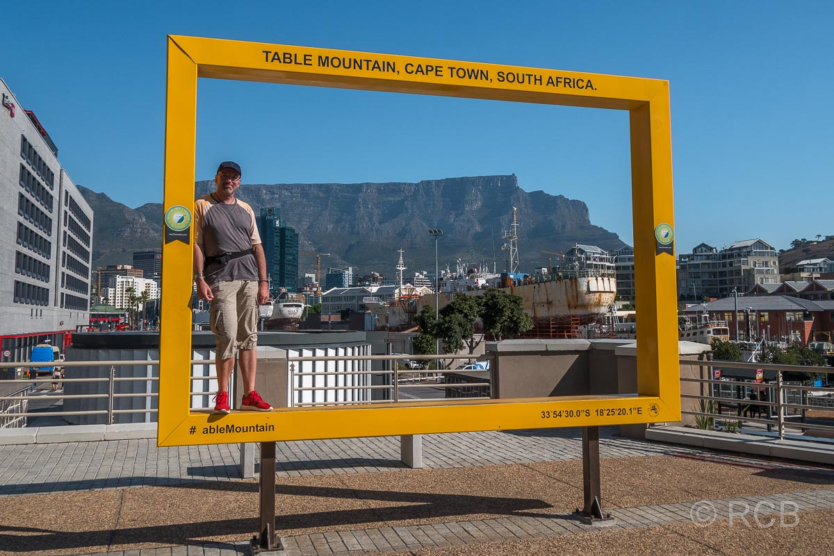 an der V&A Waterfront, im Hintergrund der Tafelberg