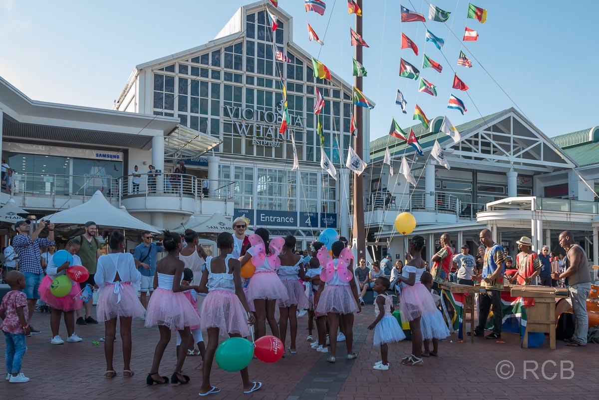 V&A Waterfront, Junggesellenabschied trifft auf Ballettschule