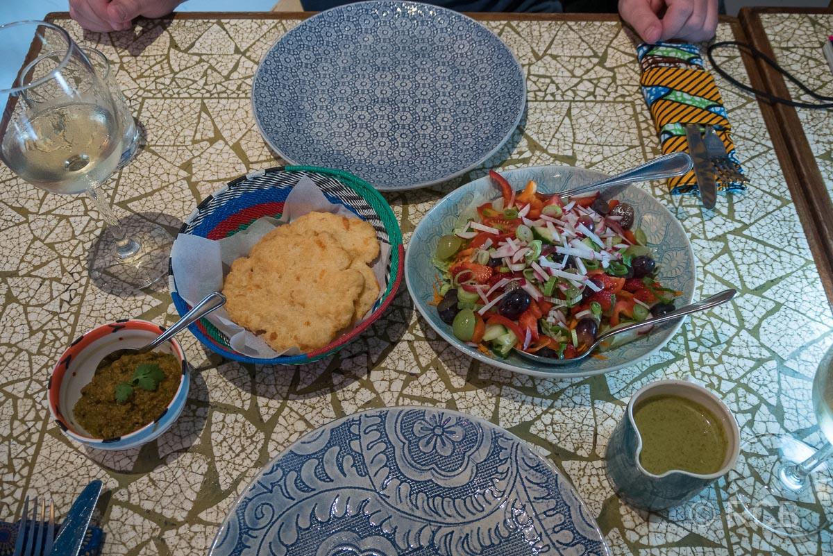 Abendessen im Africa Café
