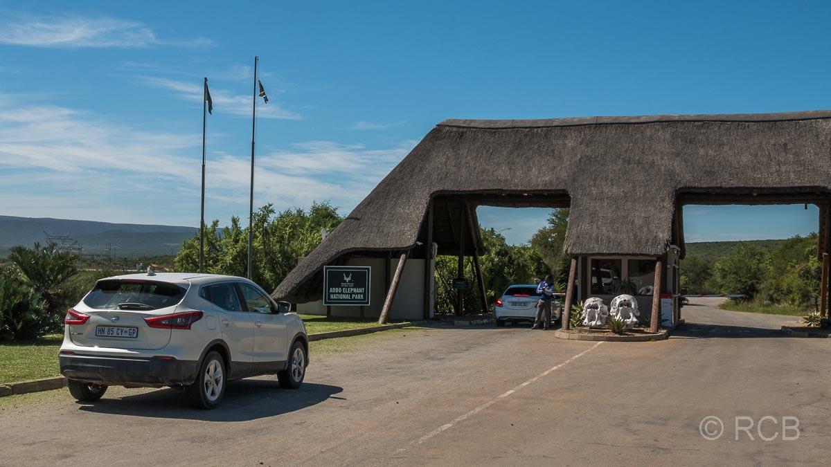 Kontrollgate an der Einfahrt zum Addo Elephant National Park
