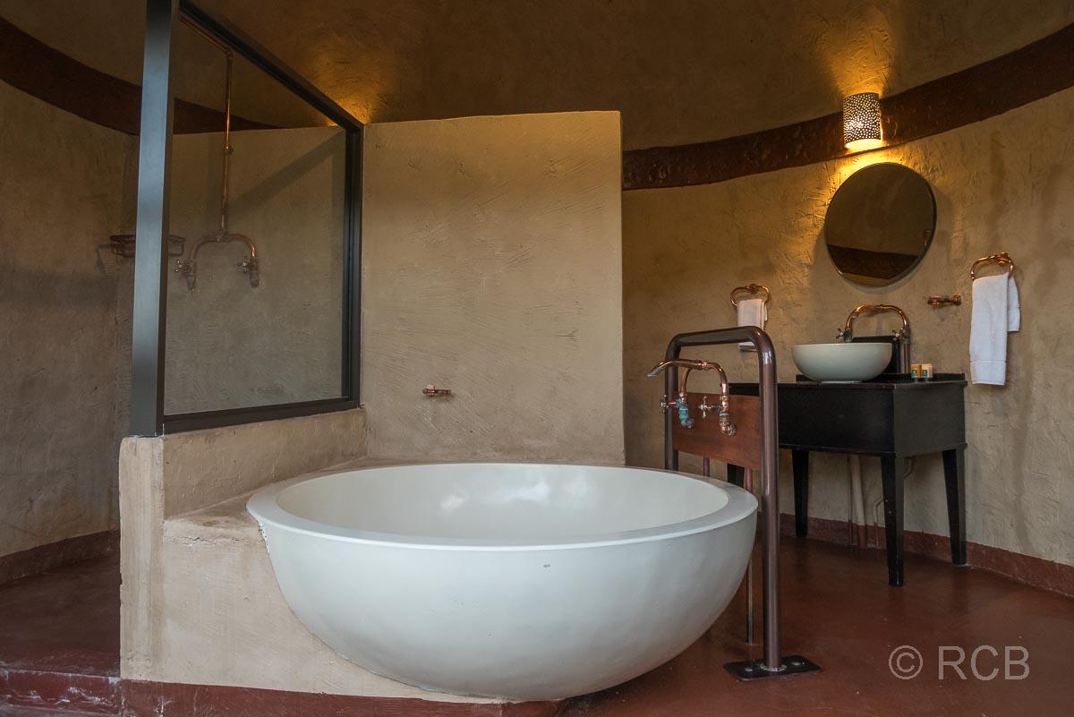 Badewanne in einer Lodge im Addo Elephant National Park