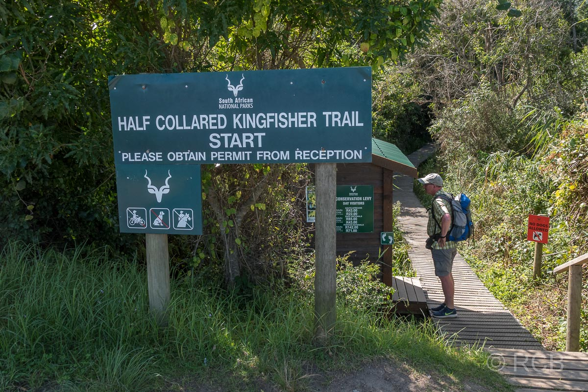 Schild am Start des Half Collared King Fisher Trail, Wilderness