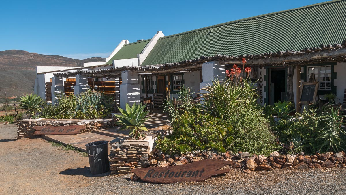 """Lokal """"Kobus Se Gat"""" am Swartberg Pass"""
