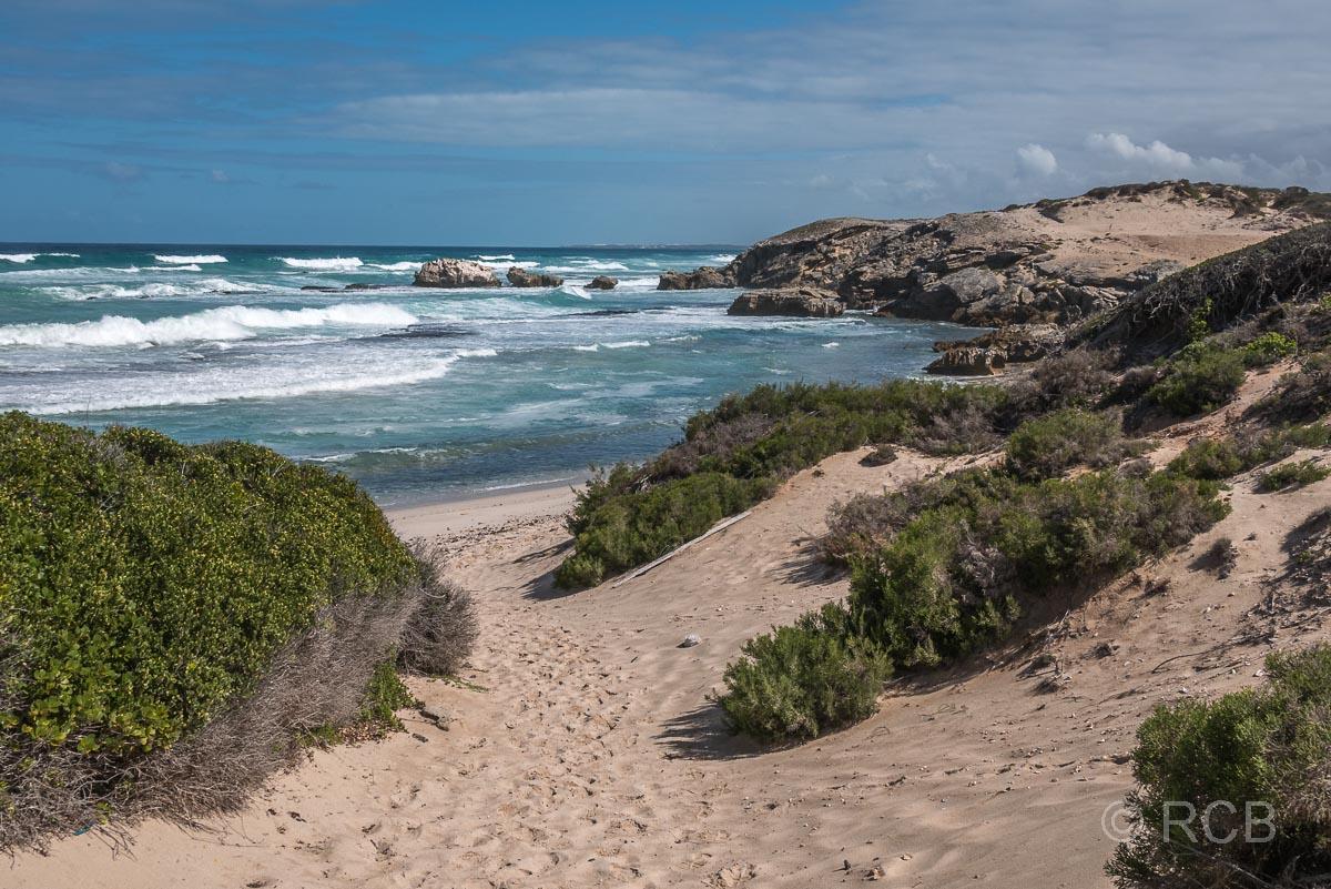 Weg durch Dünen zum Strand, De Hoop Nature Reserve