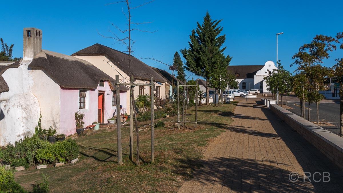 Elim, Hauptstraße mit Häusern der Herrnhuter Mission