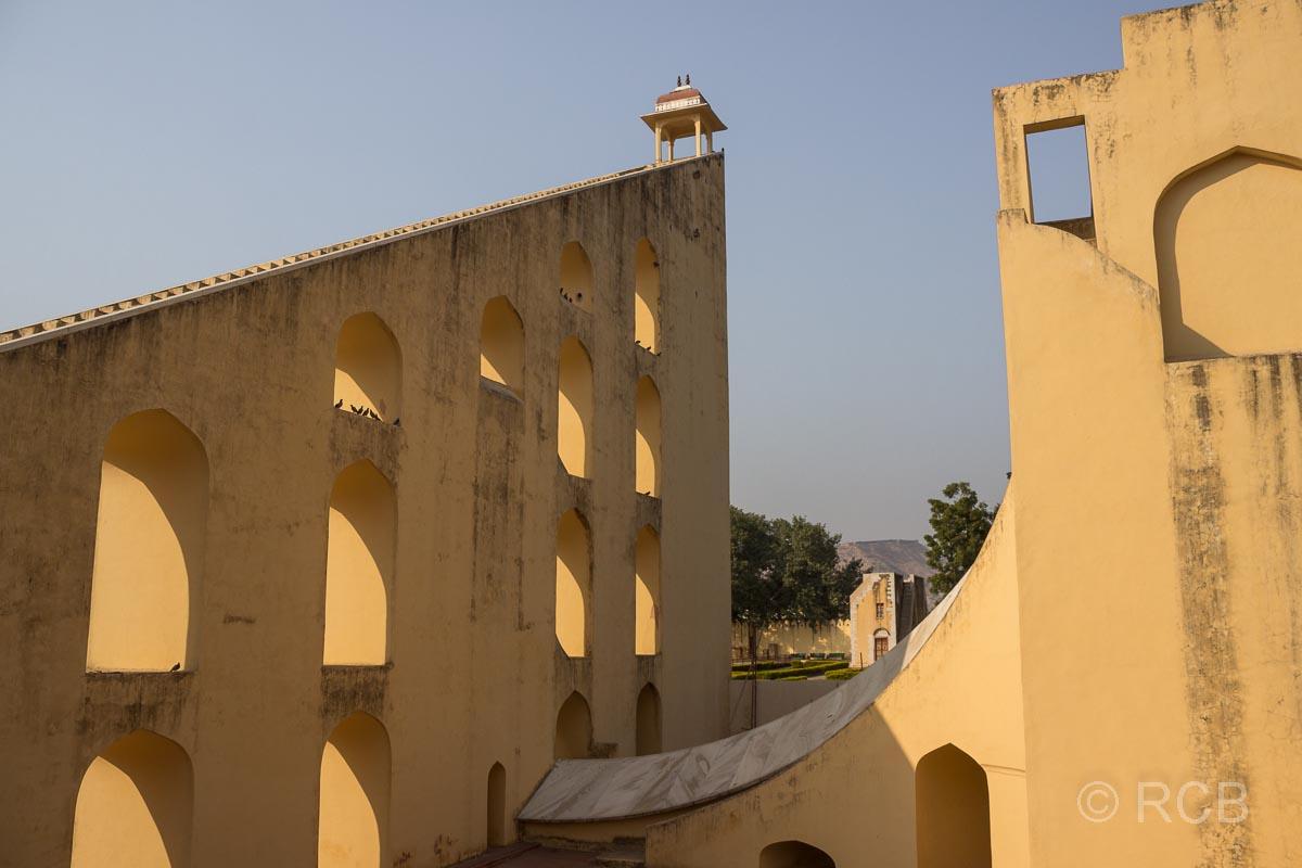 Jaipur, Observatorium Jantar Mantar, gigantische Sonnenuhr