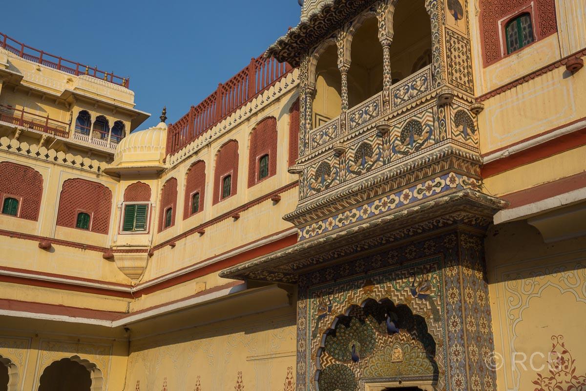 Jaipur, Stadtpalast, Pfauenhof