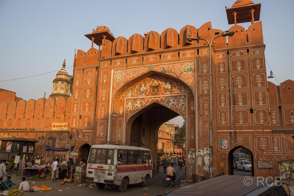 Eingangstor zur Altstadt von Jaipur