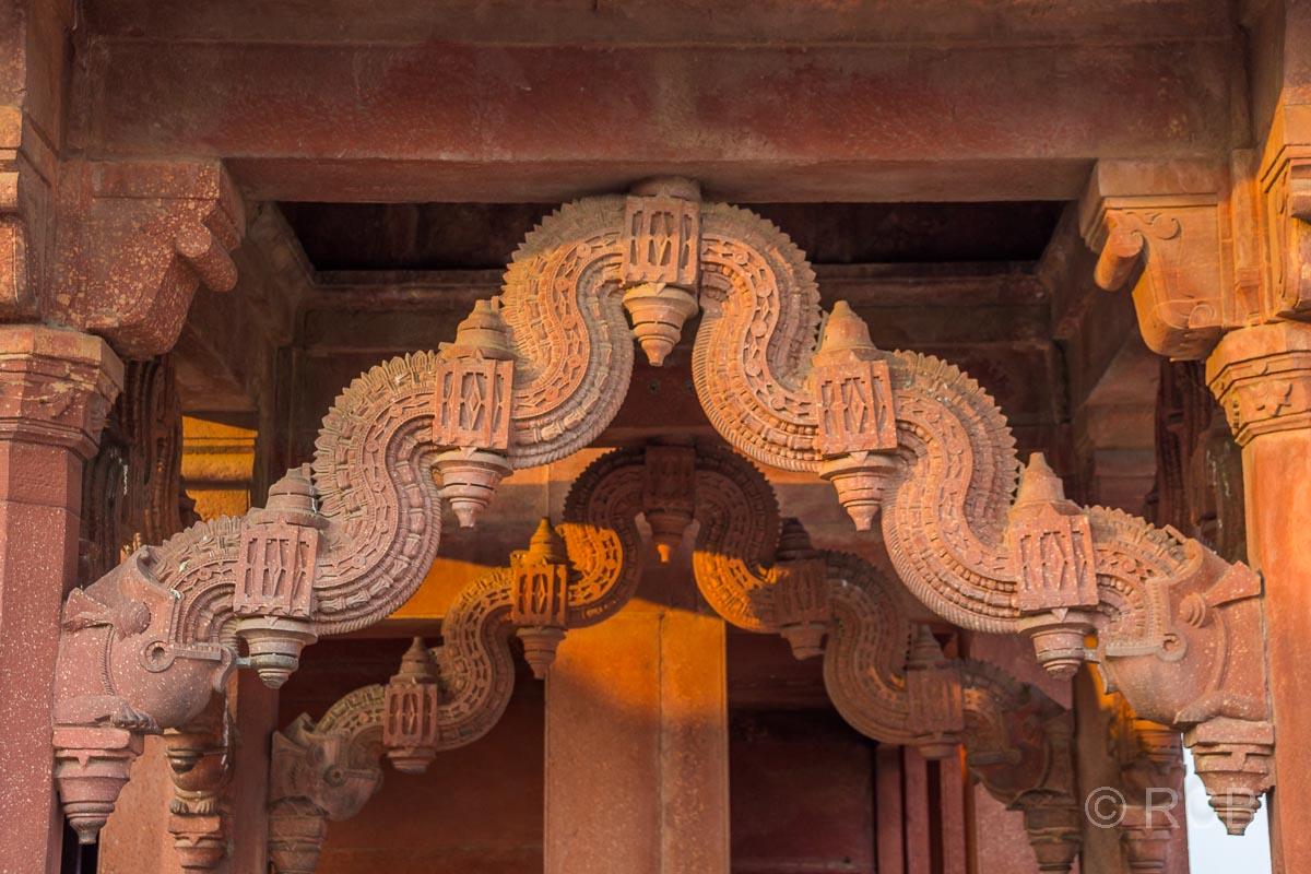 Fatehpur Sikri, Detail an der Audienzhalle