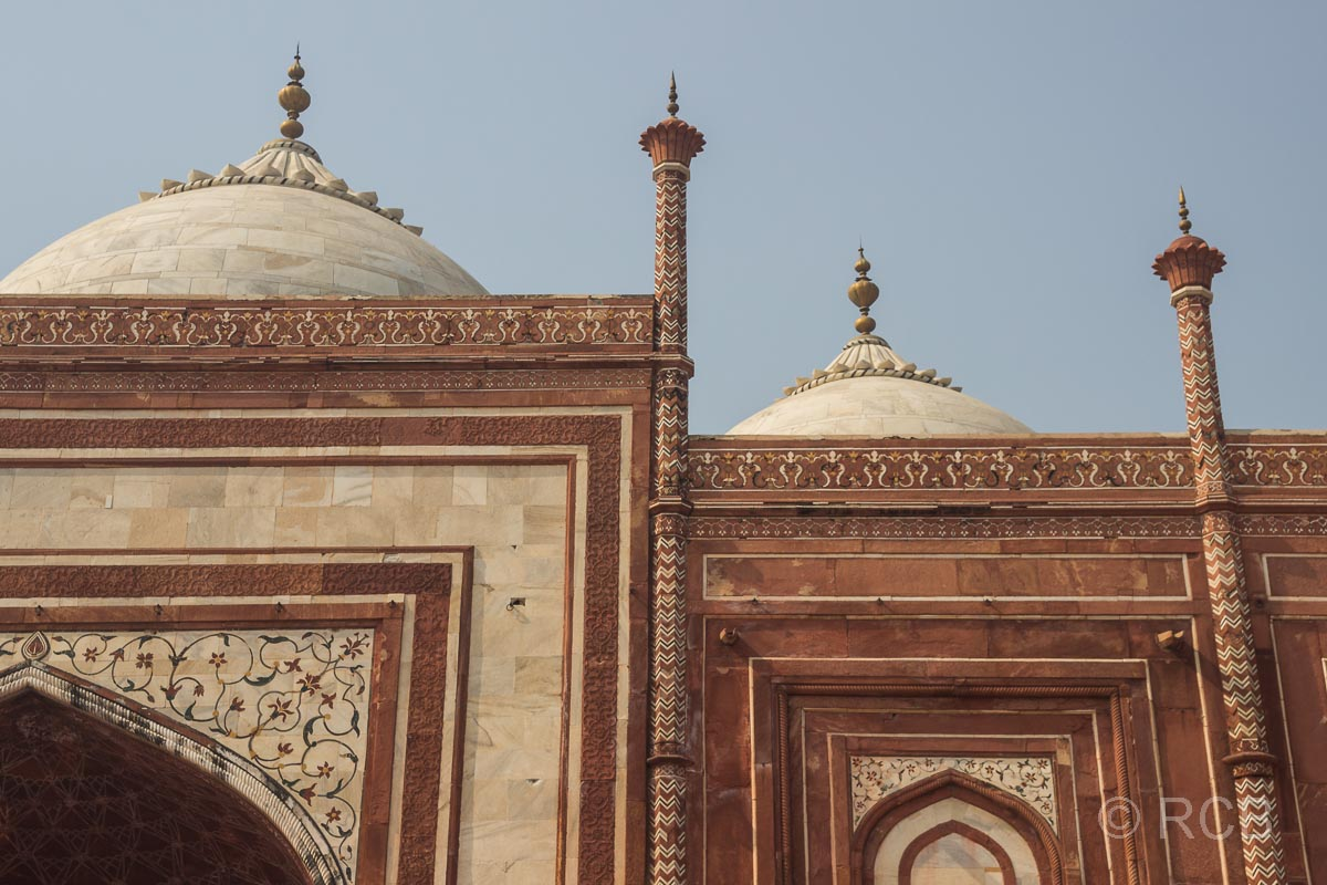 Agra, Taj Mahal, Kuppeln am Gästehaus