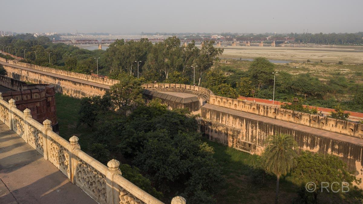 Agra, Rotes Fort, Blick über den Yamuna-Fluss