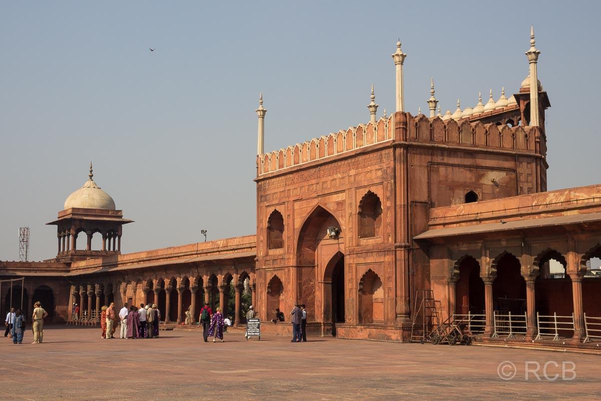 Eingangsportal der Freitagsmoschee, Delhi