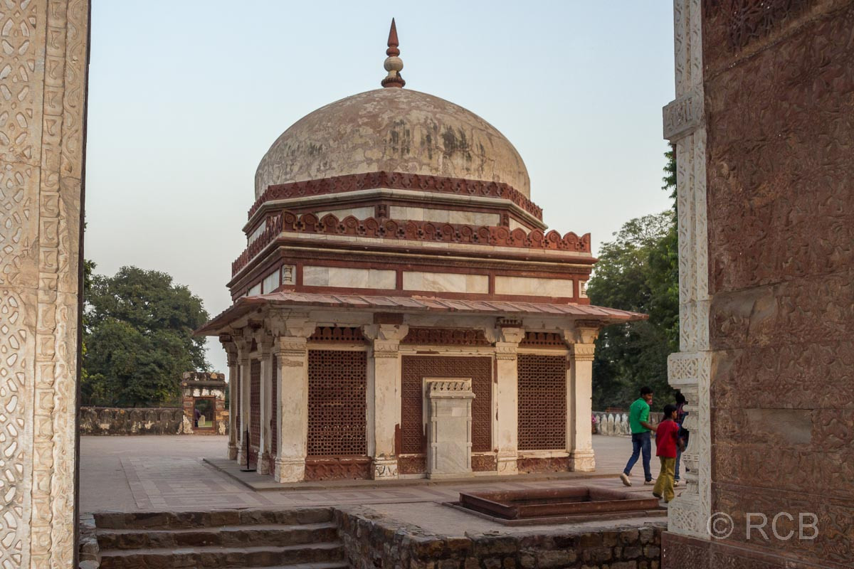 Imam-Zamin-Mausoleum, Qutb-Gebäudekomplex, Delhi