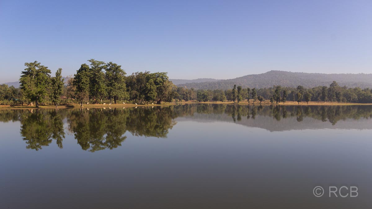 stiller See in der Nähe des Kanha National Park