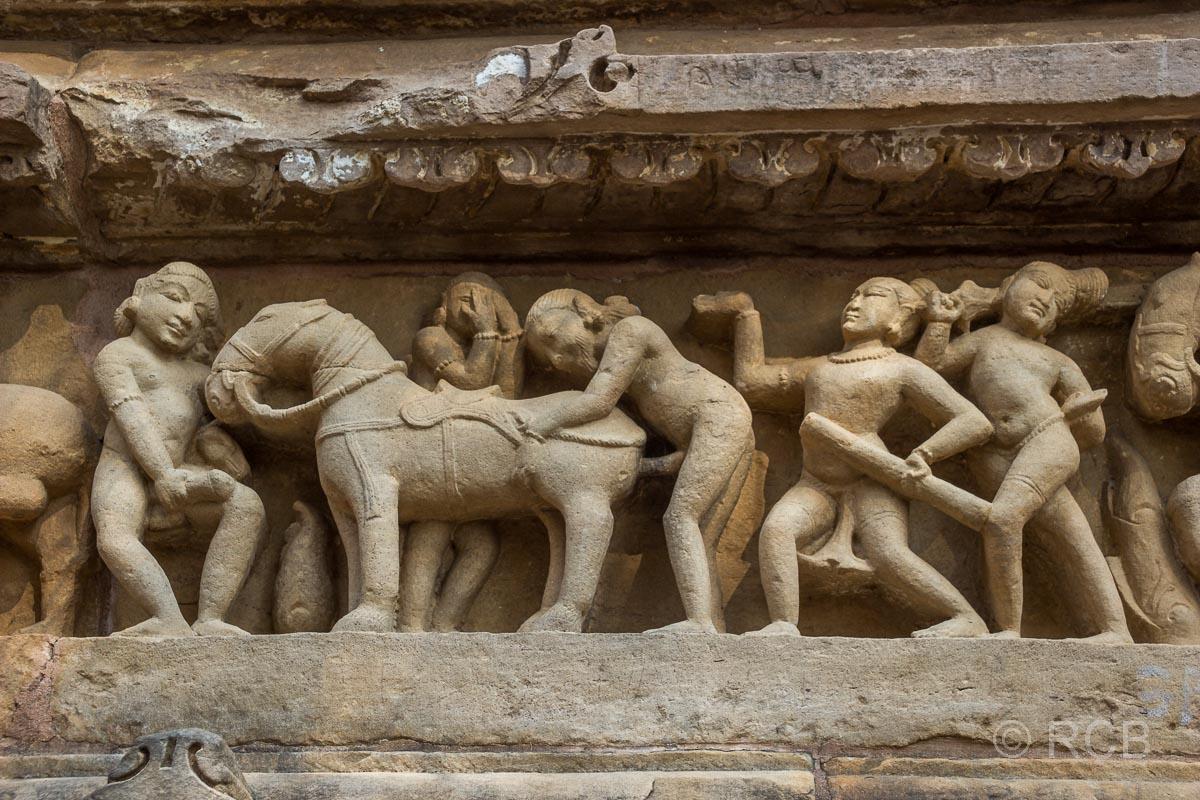 Khajuraho, Lakshmana-Tempel, erotisches Tempel-Relief