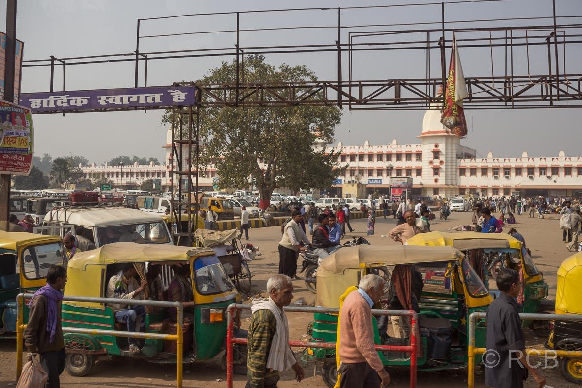 Varanasi, Bahnhof