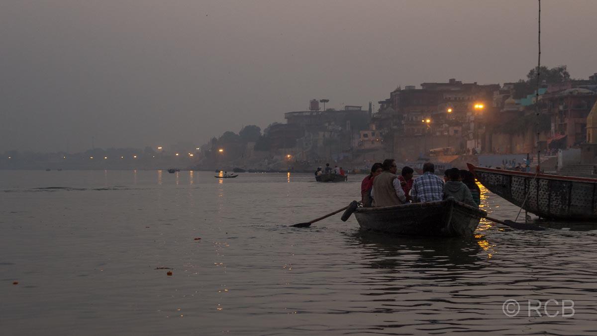 Varanasi, Ganges bei Sonnenuntergang
