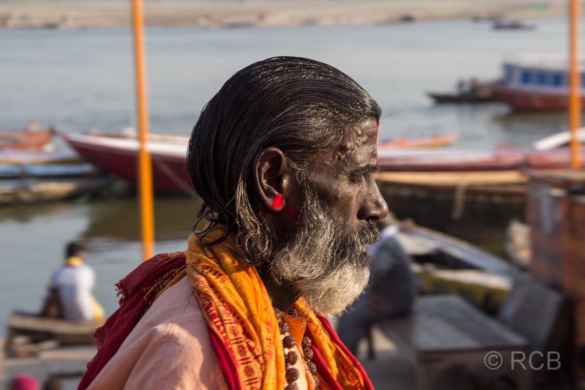 Varanasi, Sadhu an den Ghats