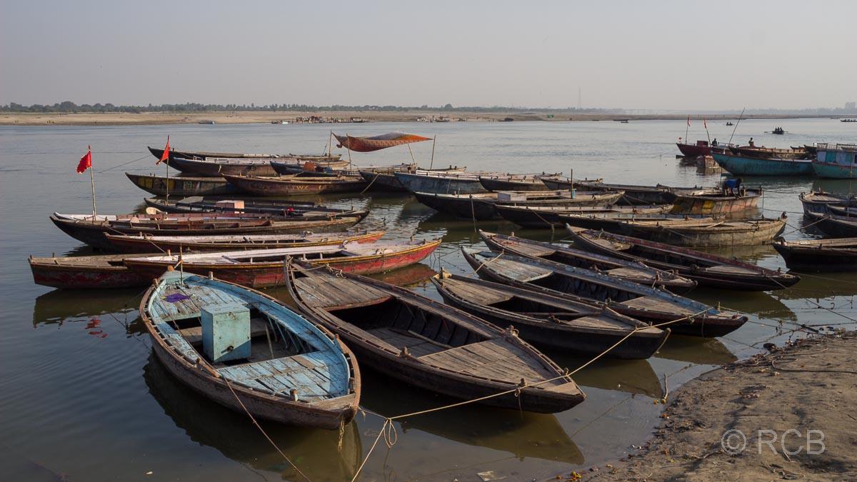 Varanasi, Boote auf dem Ganges