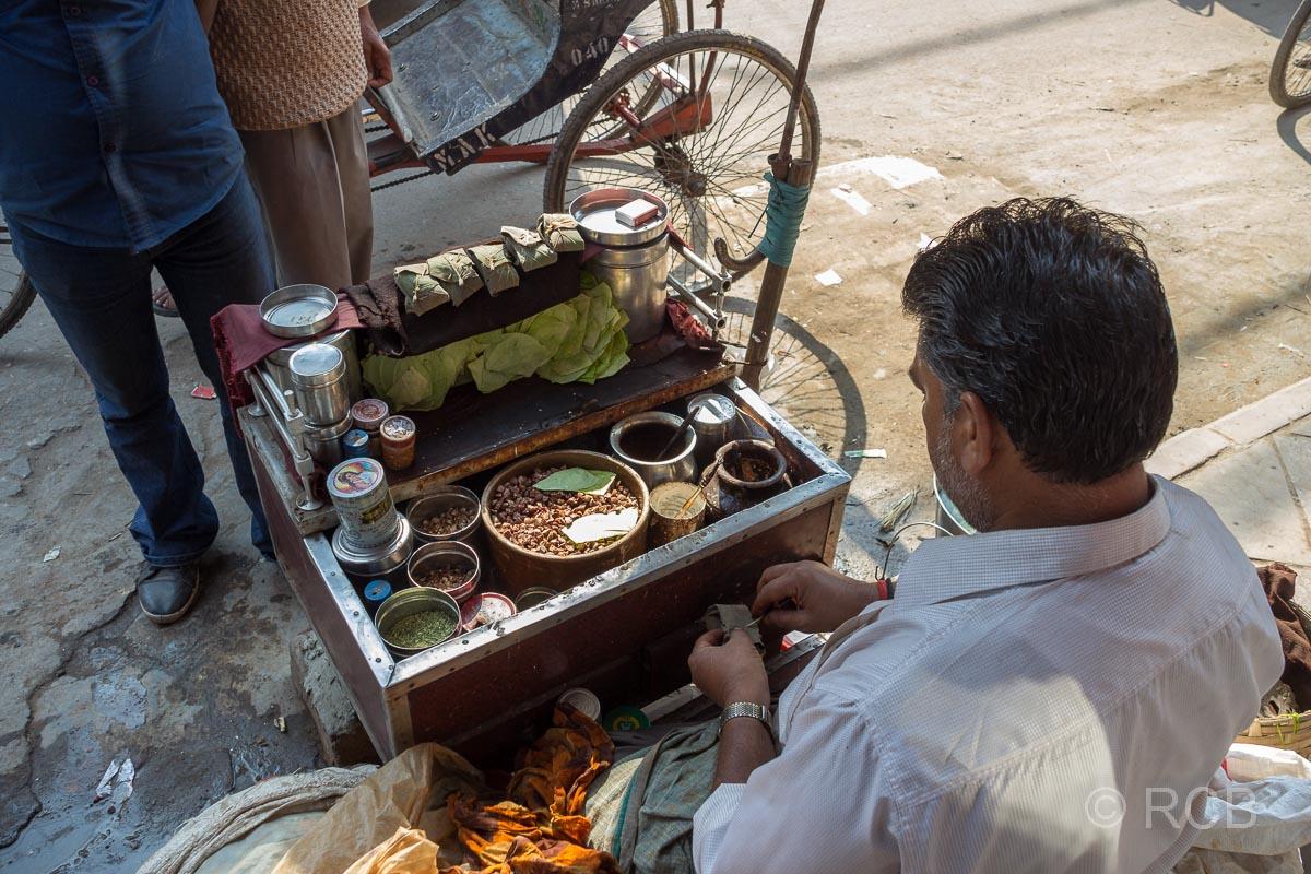 Betelverkäufer in den Gassen von Old Delhi