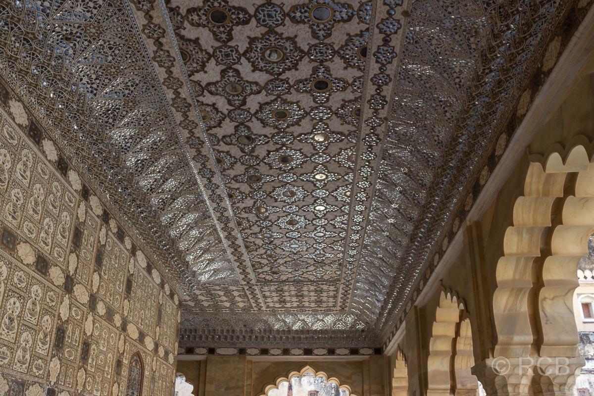 Amber Fort, Audienzhalle Diwan-i-Khas, silberne Decke