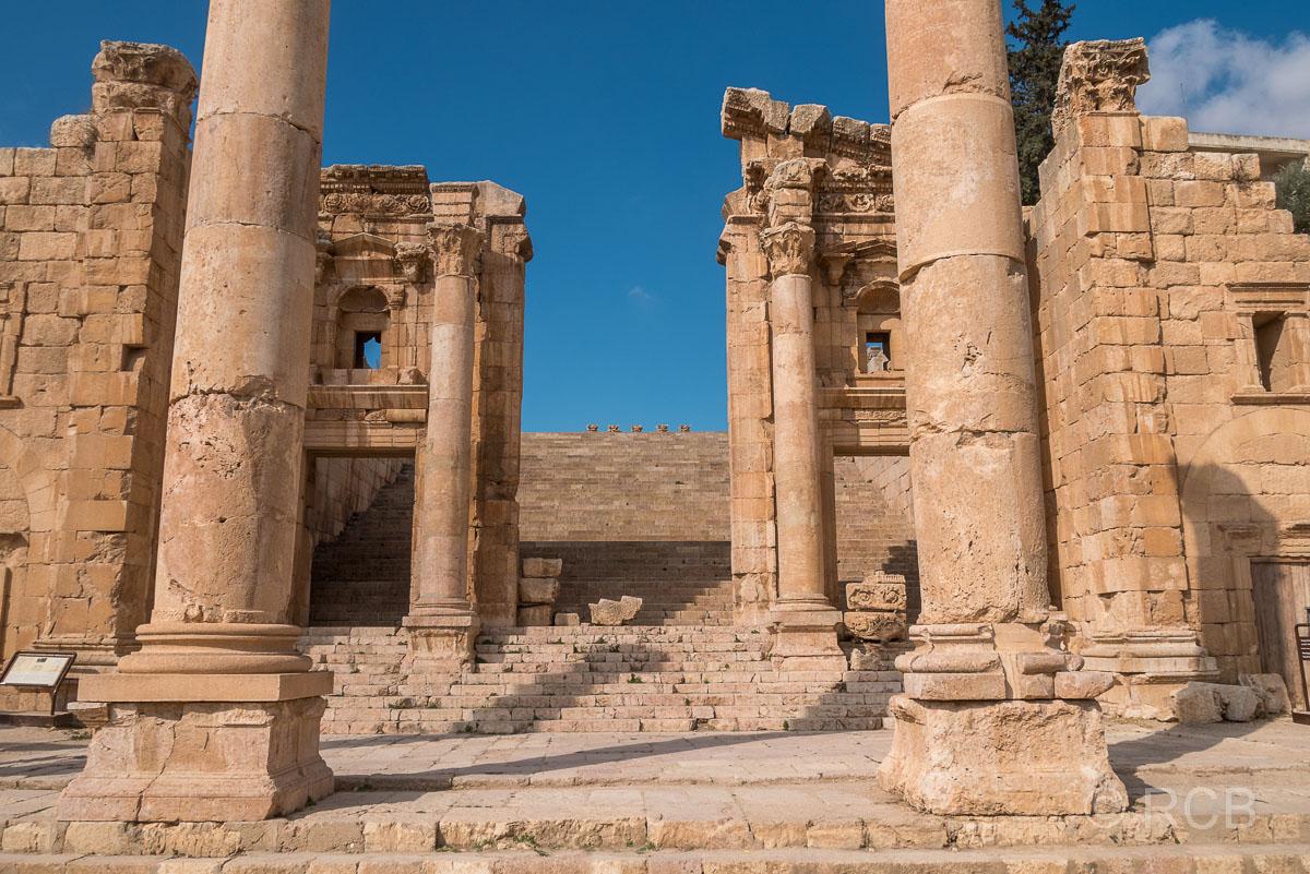Jerash, Treppe zum Artemistempel
