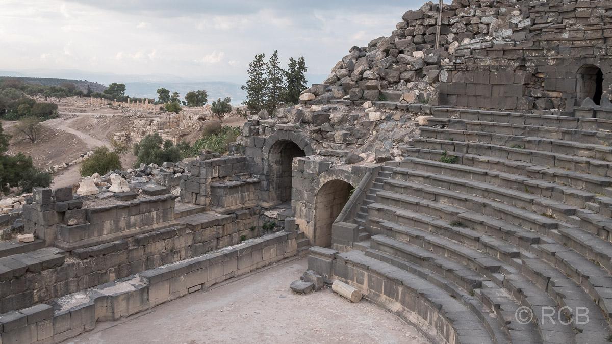 Umm Qais, Westtheater