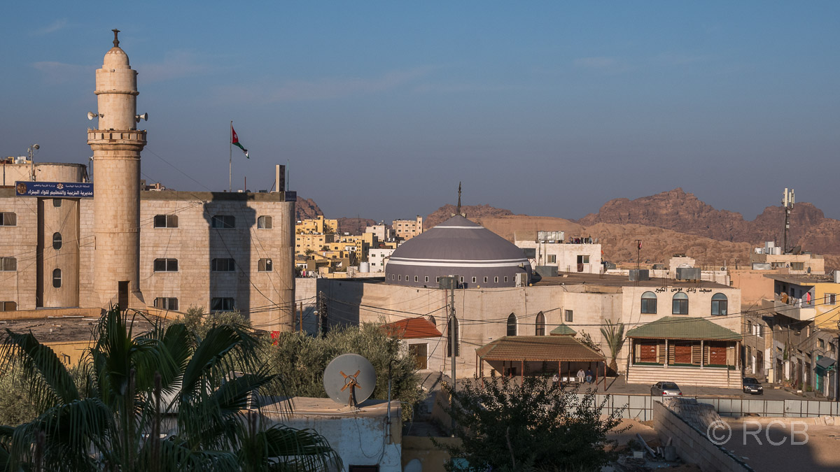 Blick über den Ort Wadi Musa bei Petra