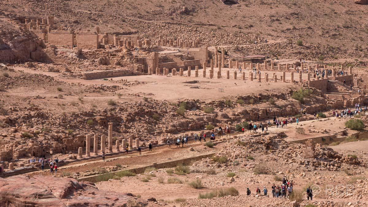 Cardo Maximus und Großer Tempel
