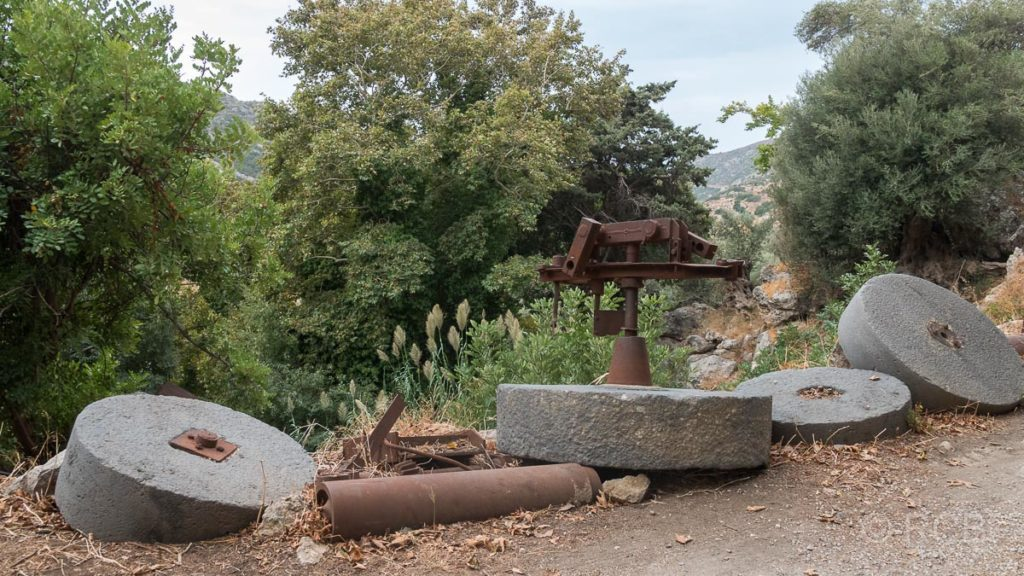 Reste alter Ölmühlen in Azogyres