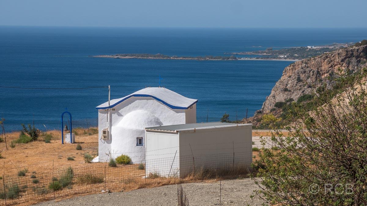 Kapelle oberhalb von Paleochora mit Blick auf's Meer
