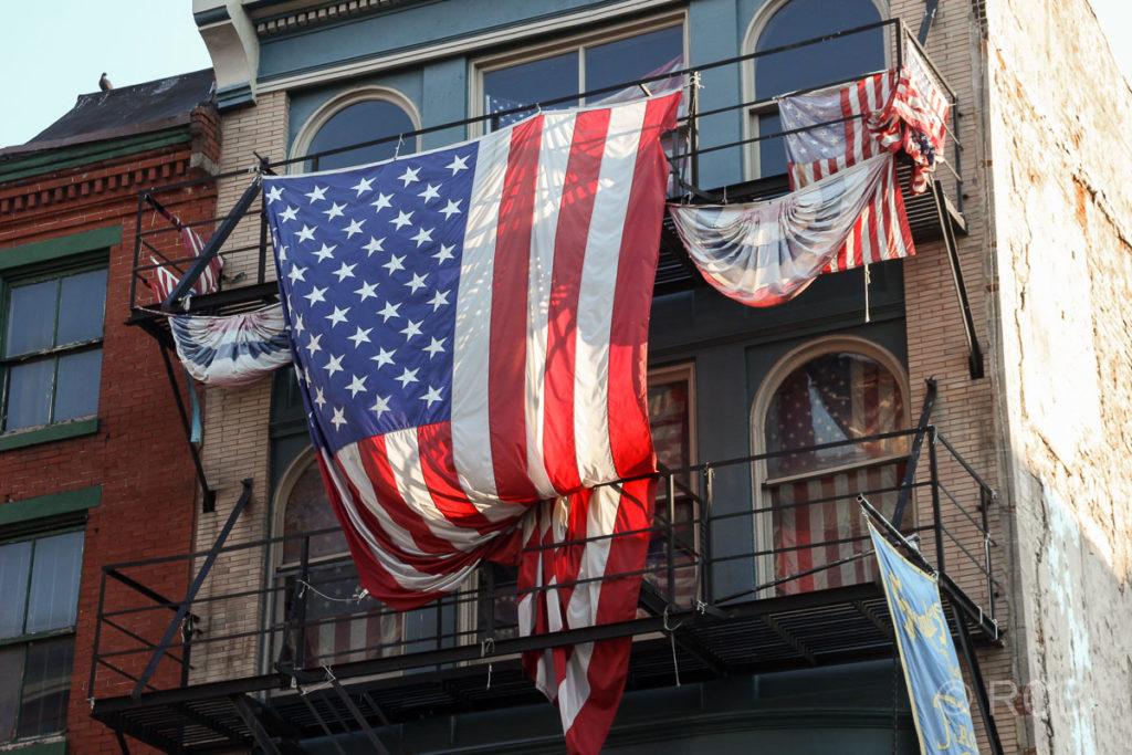 Haus mit Flagge der USA