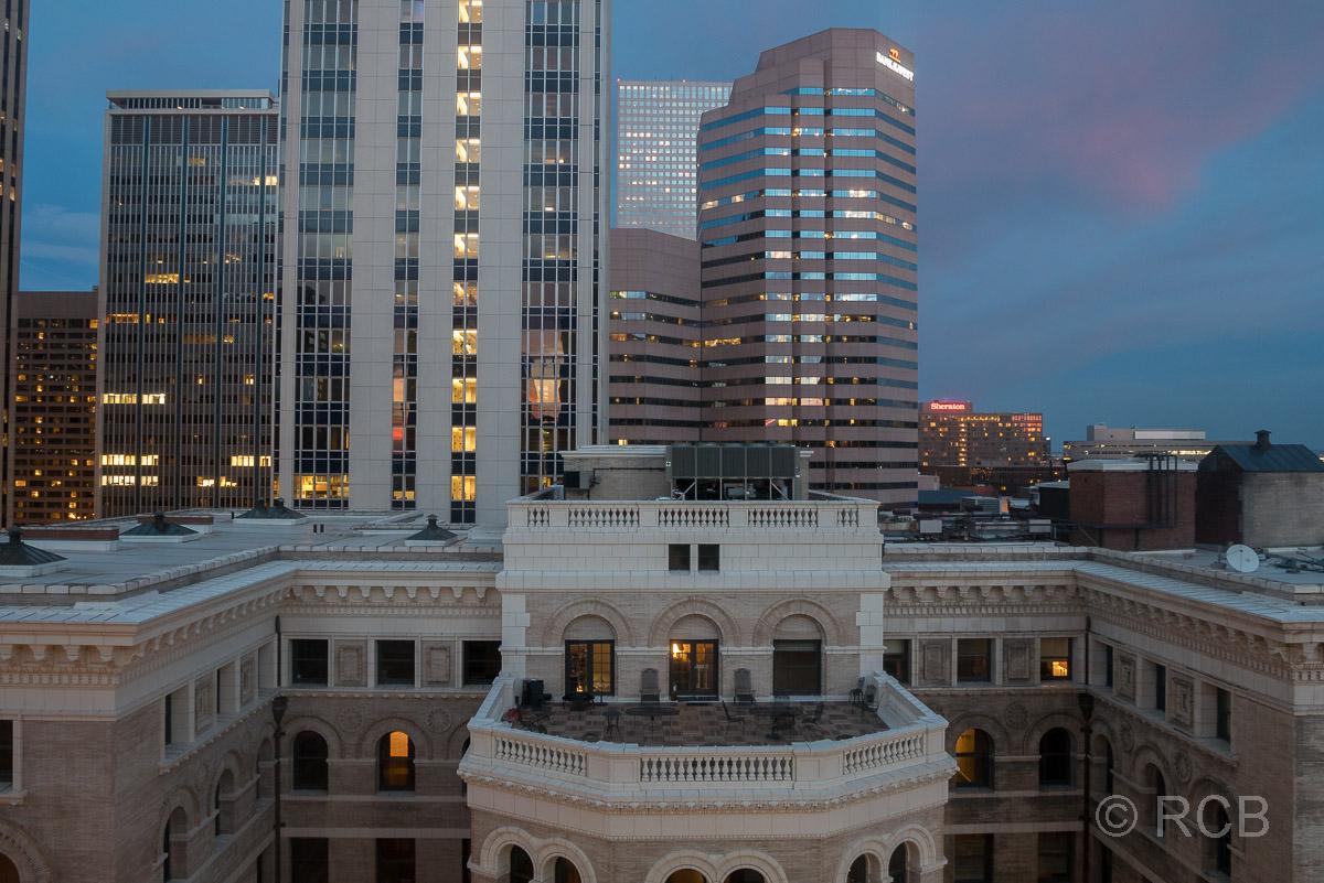 Ausblick aus unserem Hotelfenster im Magnolia Hotel, Denver